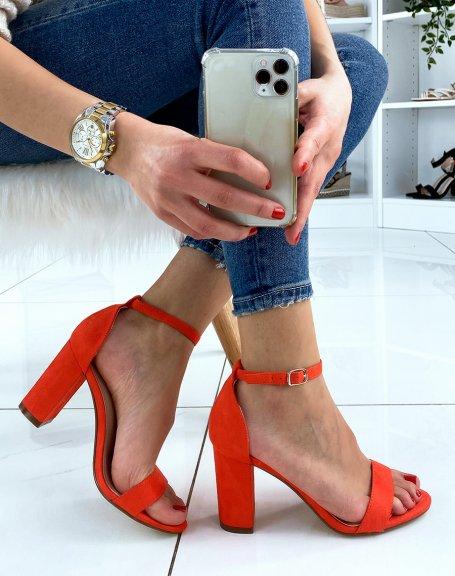 Sandales à talon en suédine oranges à fines lanières