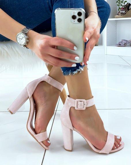Sandales à talon en suédine rose à boucle carré