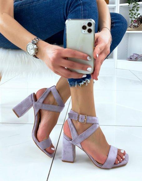 Sandales à talon en suédine violet pastel à brides croisées