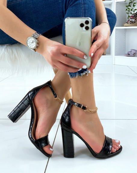 Sandales à talon noires effet croco à chaîne dorée