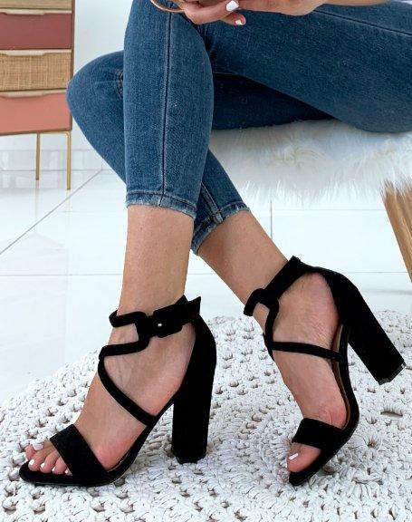 Sandales à talons noir en suédine à lacets entrecroisés
