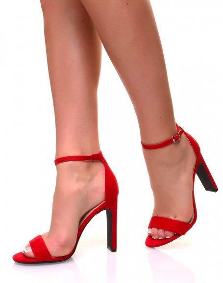 Sandales à talons plats en suédine rouge