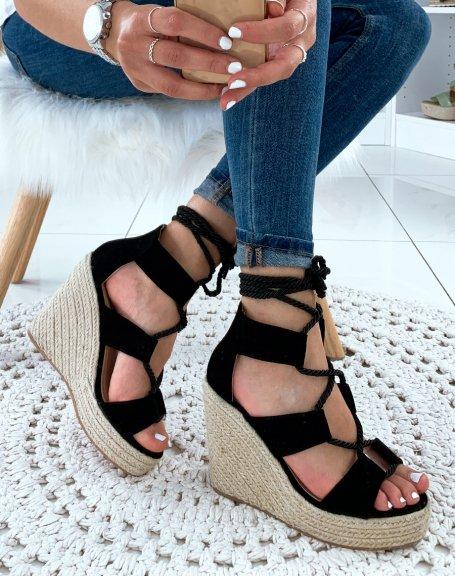 Sandales compensées noires à corde lacet sur cheville