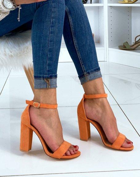 Sandales en suédine oranges à talons carrés