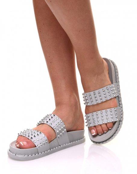 Sandales grises cloutés