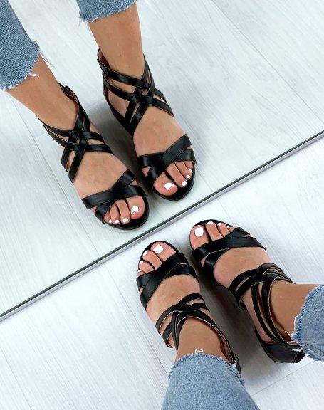Sandales noires à multiples brides croisées
