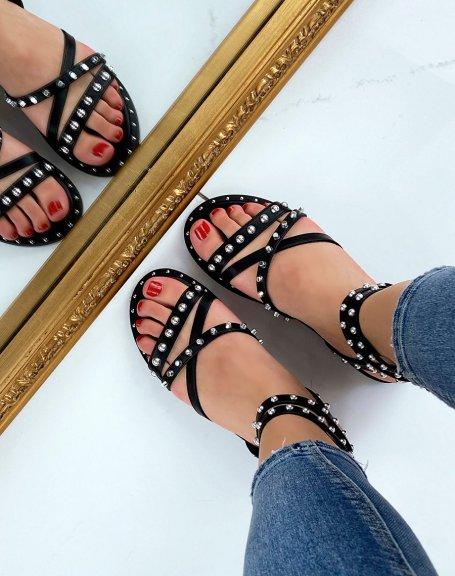 Sandales noires à multiples brides entrecroisées cloutées