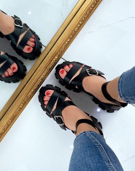 Sandales noires à multiples brides et semelle crantée