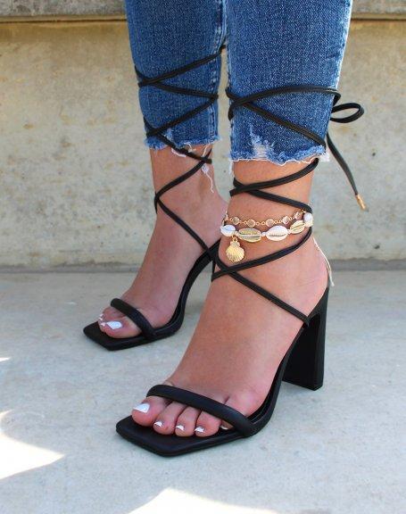 Sandales noires à talon et longues lanières