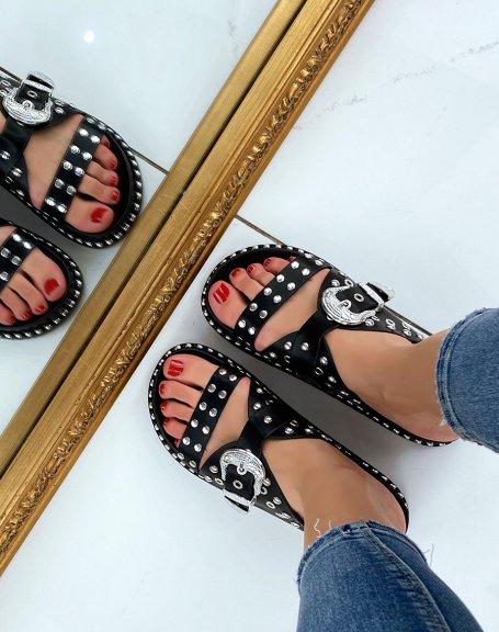 Sandales noires cloutées à fermoir argenté