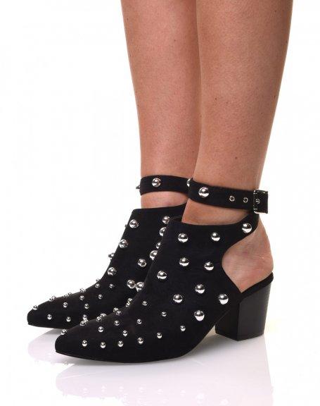 Sandales noires en suédine cloutée
