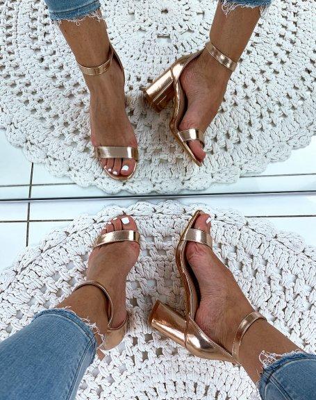 Sandales roses gold à talons carrés