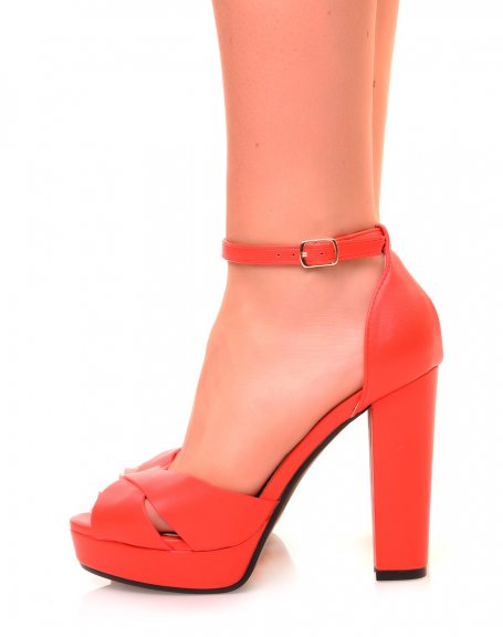 Sandales rouge mat à talon carré et à plateforme