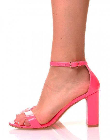Sandales vernies roses fluo à talons carrés