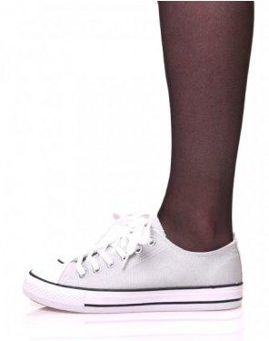 Baskets en toile grises à lacets blancs et liserés noirs