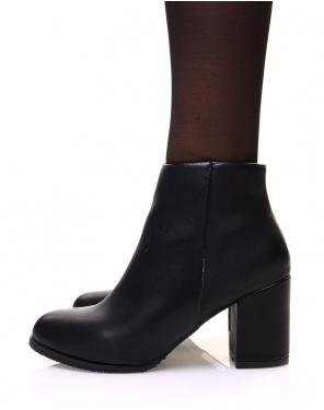 Bottines noires minimalistes à talons mi haut
