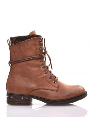 Chaussures montantes à lacets camel