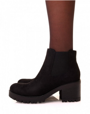 Chelsea boot noires en suédine à semelle crantée
