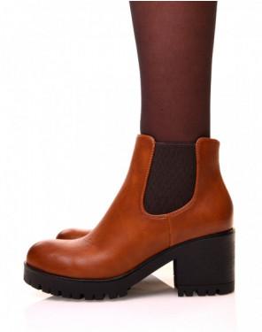 Chelsea boots camel à semelles crantées