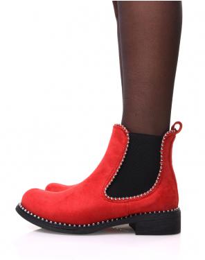 Chelsea boots rouges en suédine à détails perles