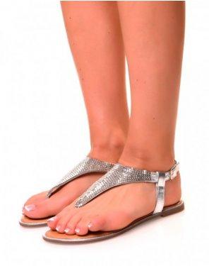 Nu-pieds plats argentés en forme triangulaire