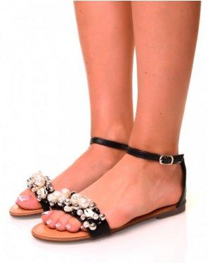 Nu-pieds simili cuir noirs à détails perlés et coquillages