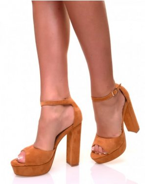 Sandales à talons carrés et larges plateformes en suédine camelle