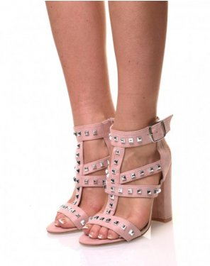 Sandales à talons hauts cloutées roses
