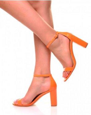Sandales effet vernies oranges fluo à talons carrés