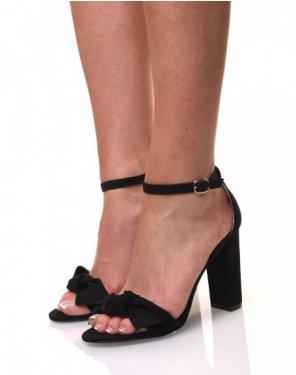 Sandales noires effet suédine