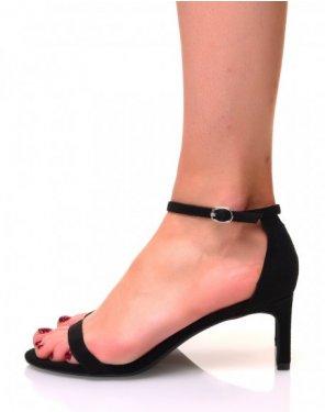 Sandales noires en suédine à petits talons aiguilles
