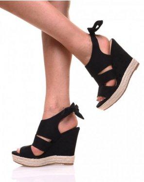 Sandales noires en suédine à talon tressé