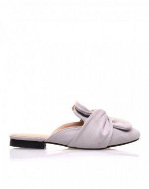 Sandales plates grises en suédine