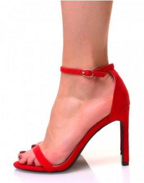 Sandales rouges en suédine à talons aiguilles
