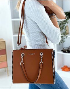 Camel handbag adorned with silver studs
