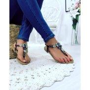 Nu-pieds noir avec Bijoux centrale
