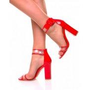 Sandales rouges vernies et transparente à talons carrés