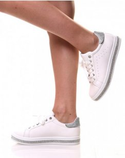 Baskets blanches avec strass