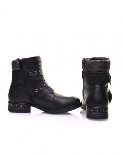 Boots noires à sangles bouclées