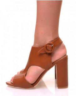 Sandales à talons en suédine camel