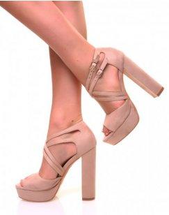 Sandales beiges à talons carrés et multiples lanières
