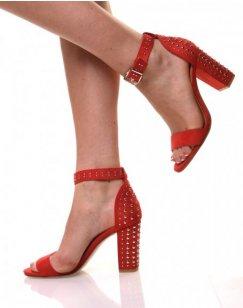 Sandales cloutées rouges