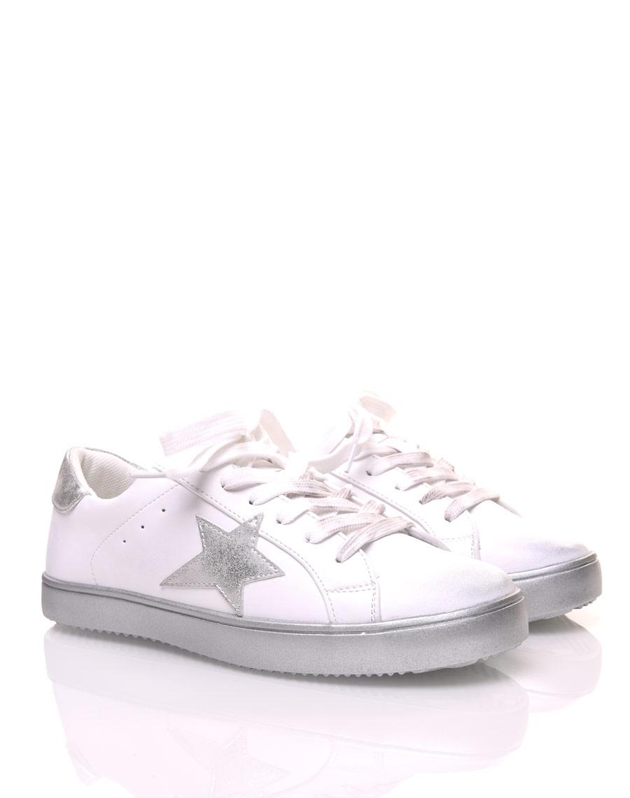 quality products skate shoes good texture Basket avec étoile à lacets argent