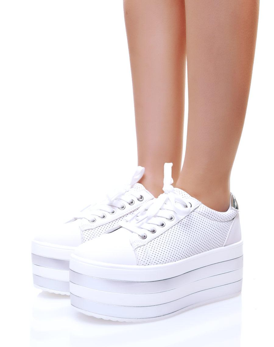 collection de remise chaussures authentiques chaussures de course Baskets compensées blanches
