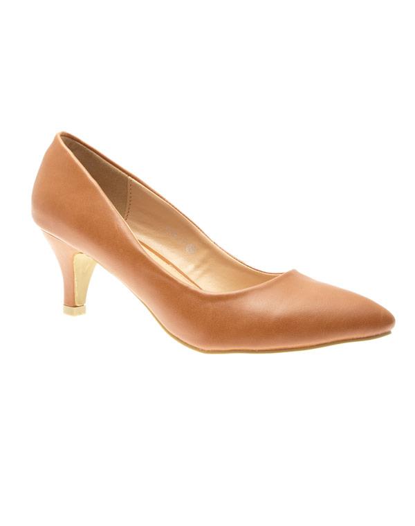 chaussure femme style shoes escarpin camel. Black Bedroom Furniture Sets. Home Design Ideas