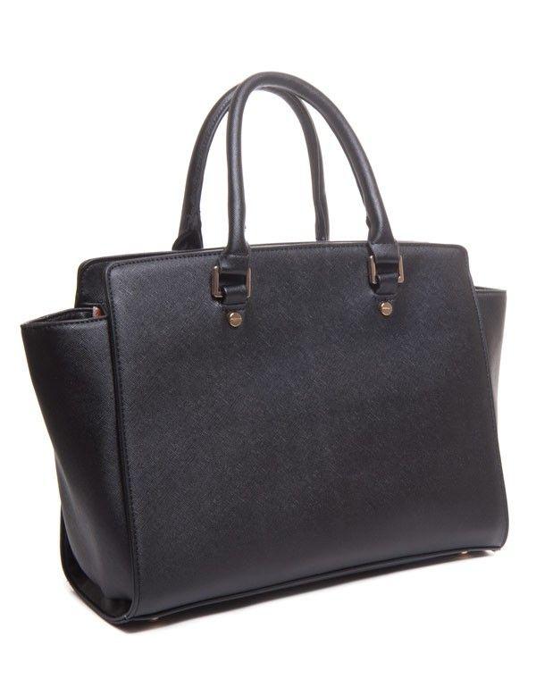 grand sac main rectangulaire noir. Black Bedroom Furniture Sets. Home Design Ideas