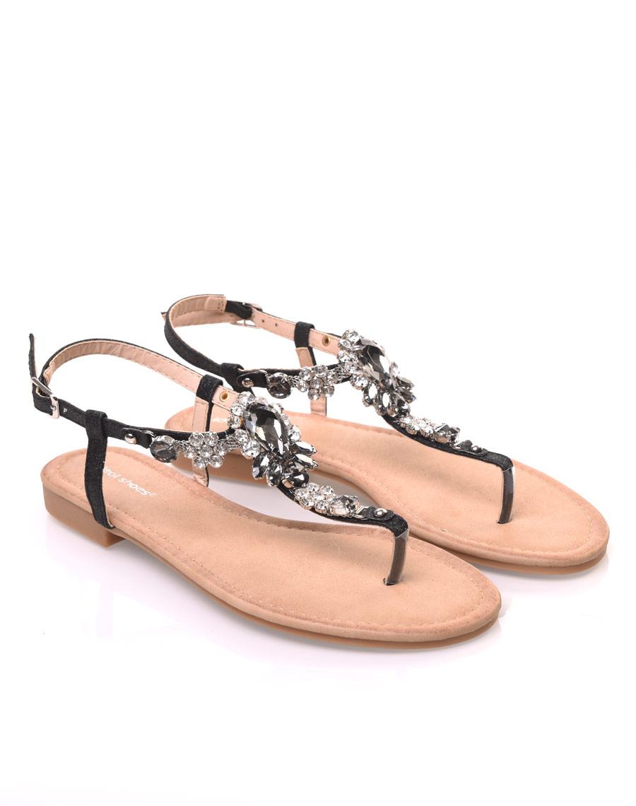 Nu-pieds noir avec Bijoux centrale 689b09d32550