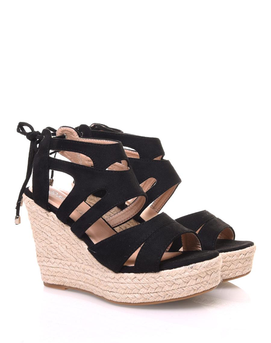 Sandales en suédine noires à talons compensés
