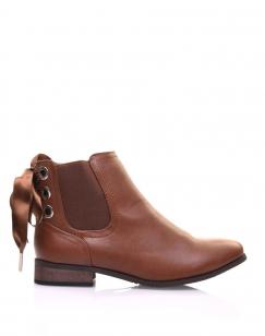 Chelsea boots camel à oeillets et noeud