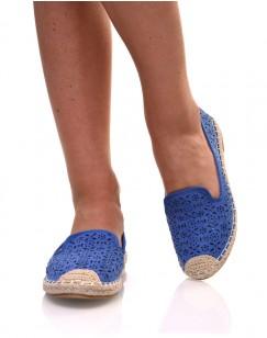 Espadrilles bleues en suédine perforées